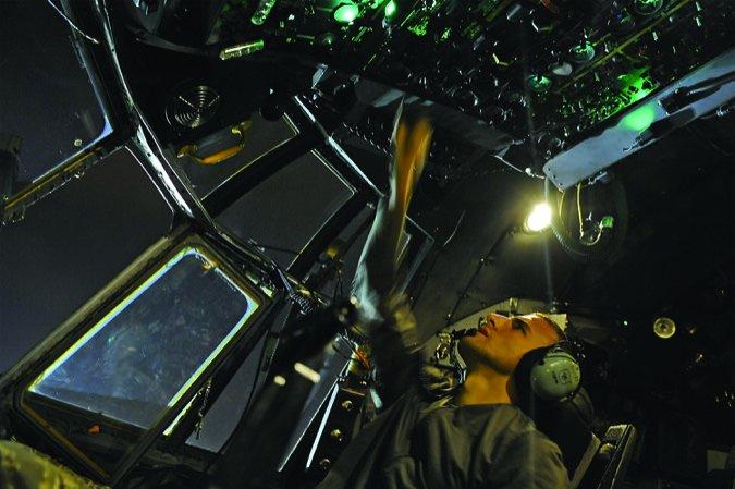 USAF tech